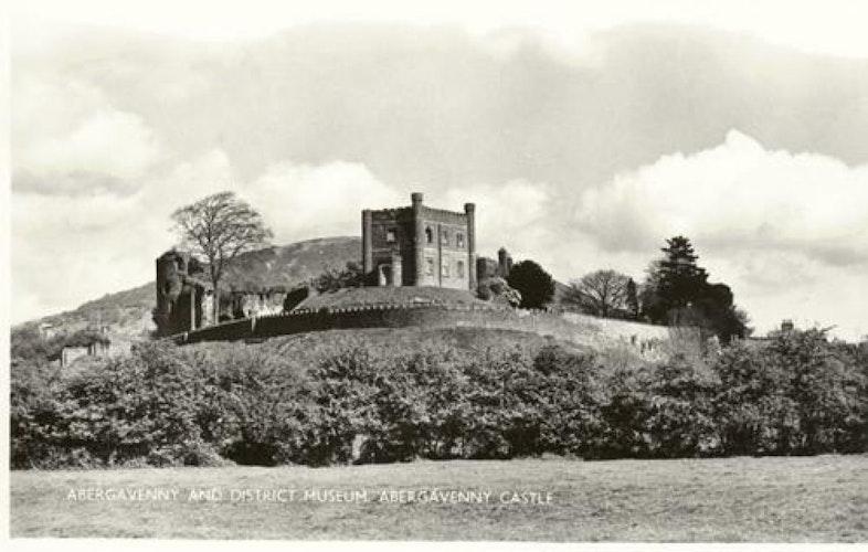 Pgds 20091017 101621 Abergavenny Castle2