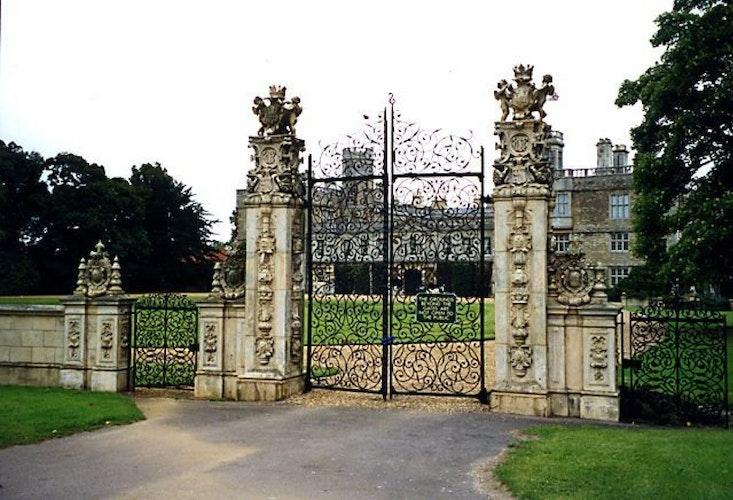 Pgds 20140724 215932 Ornamental Gates Castle Ashby Northamptonshire   Geograph Org Uk   1062165