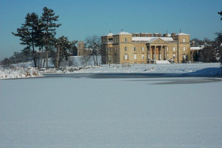 Pgds 20140828 212903 Croome Court In Winter   Geograph Org Uk   1655678